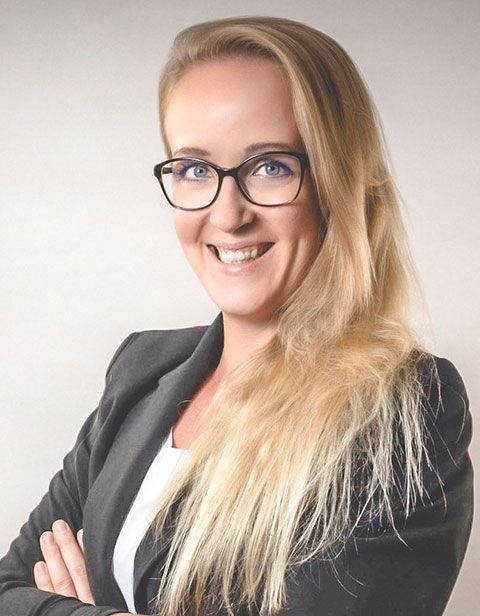 Mitarbeiterin Rosa Mueller, NAK Verlag